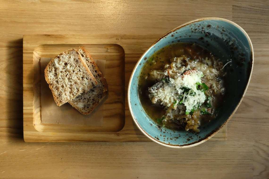 006 - sriuba ir duona-min
