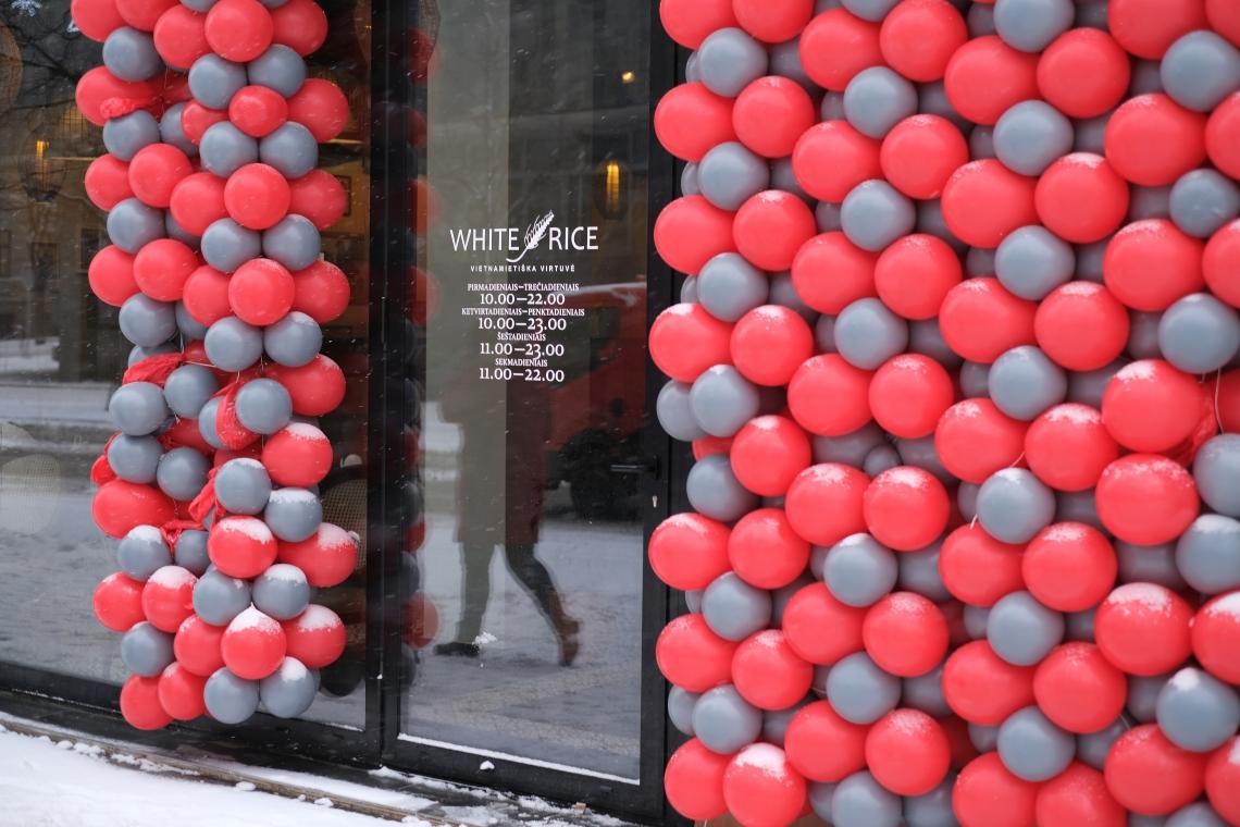 001 Durys ir balionai po naujo atidarymo